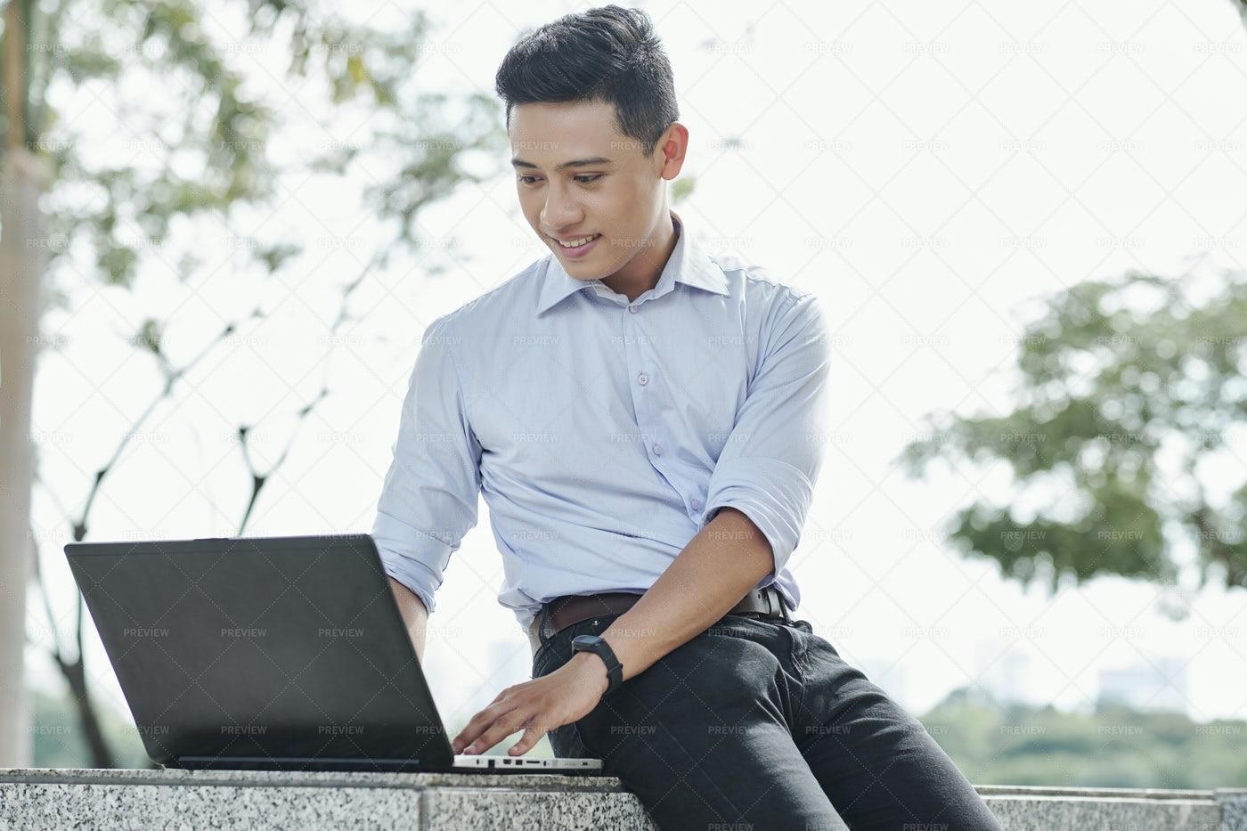 Software Developer Working On Laptop: Stock Photos