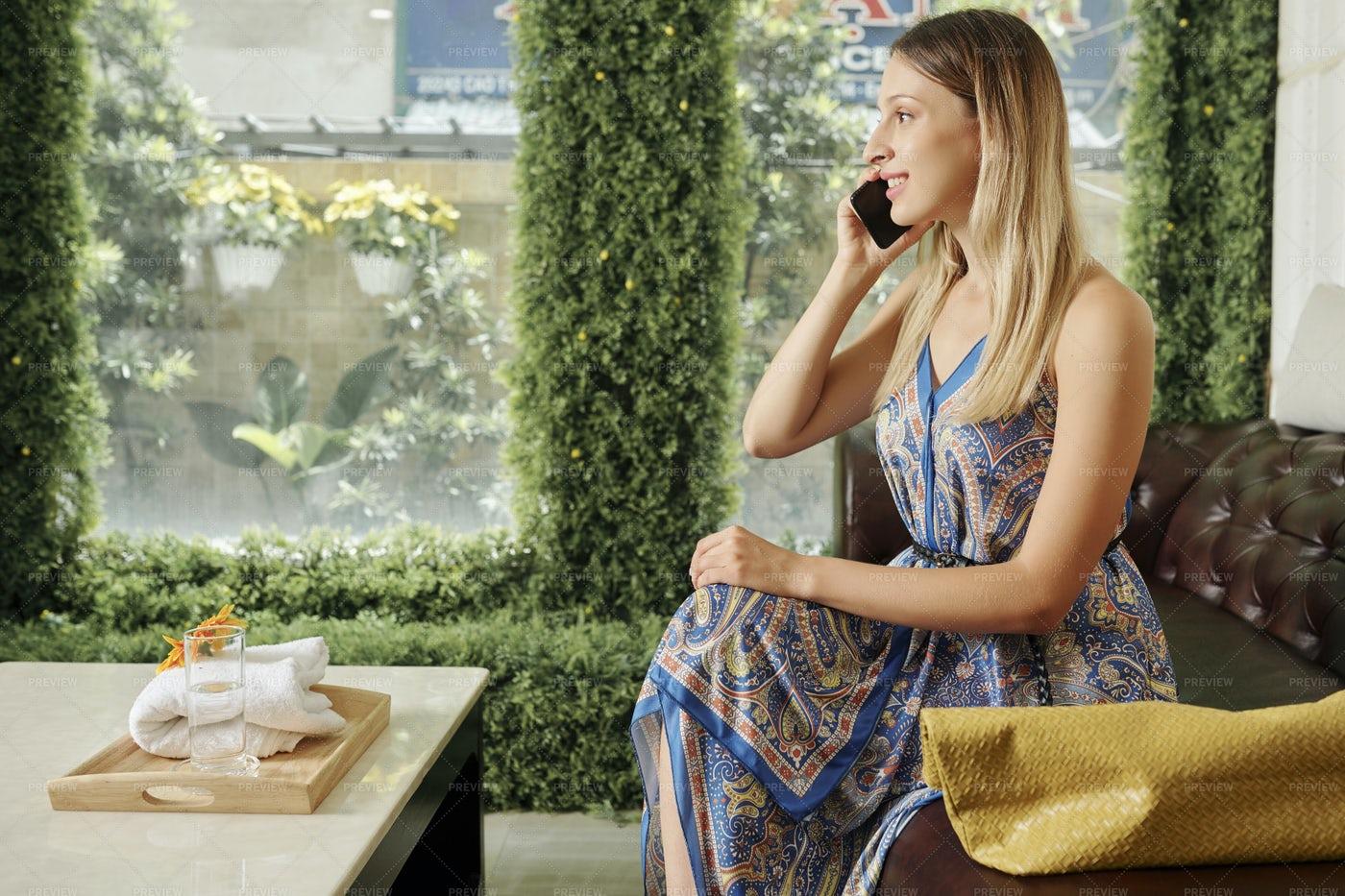 Pretty Woman In Spa Salon Lobby: Stock Photos