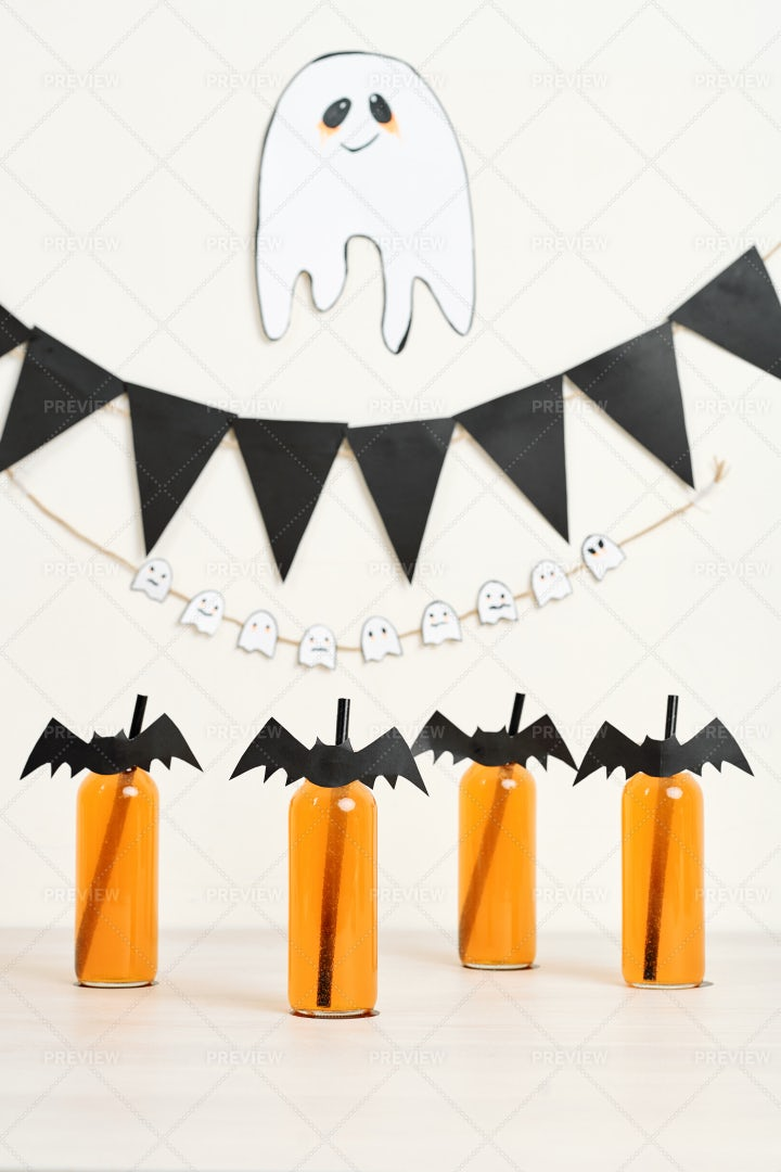 Halloween Party Decoration: Stock Photos