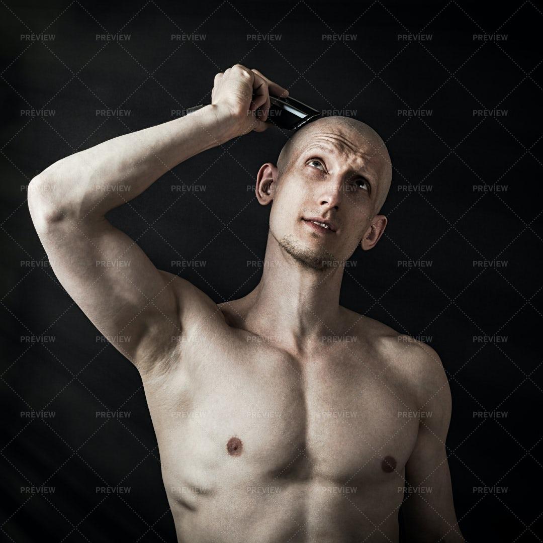 Man Shaving His Head: Stock Photos