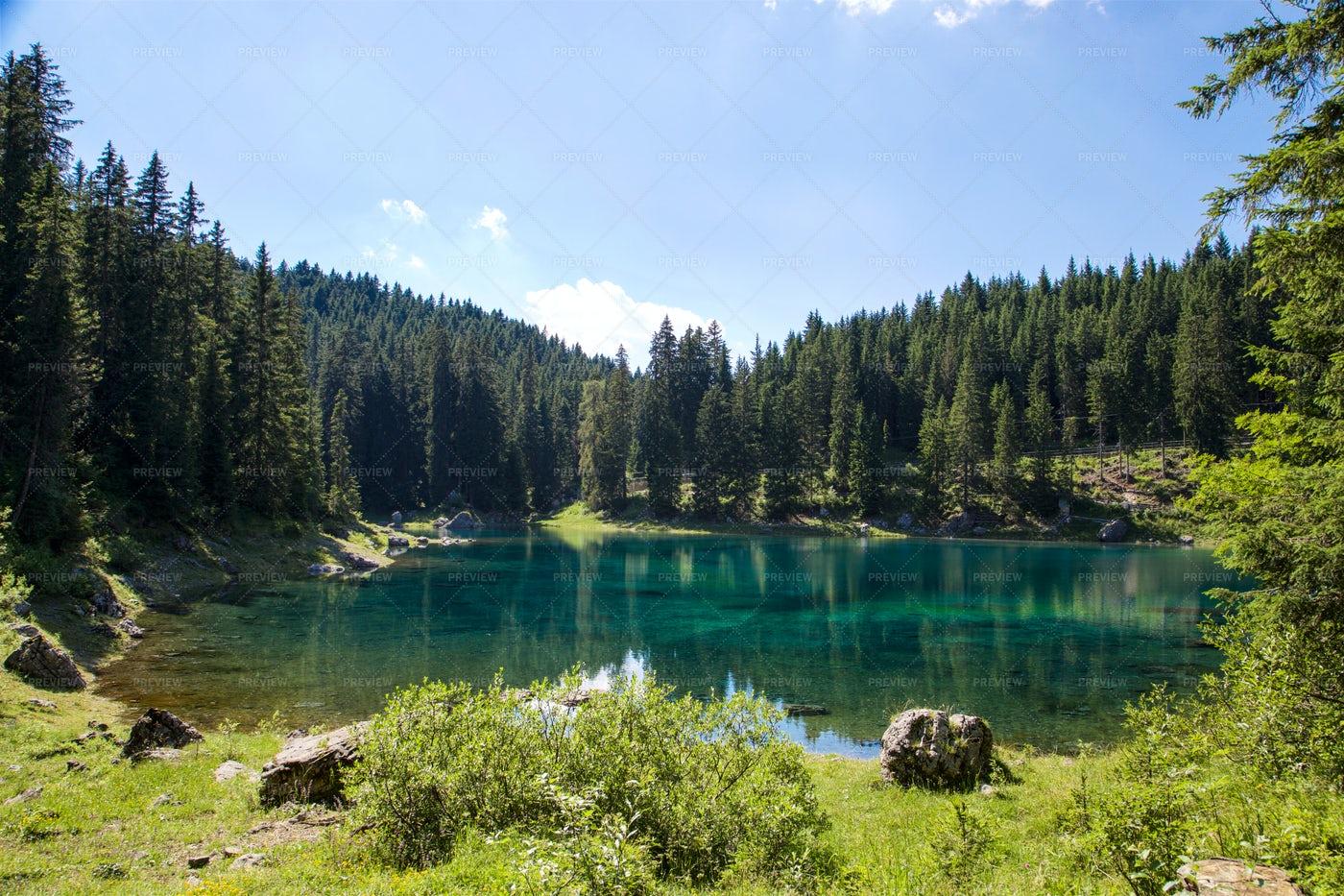 Lake Landscape: Stock Photos