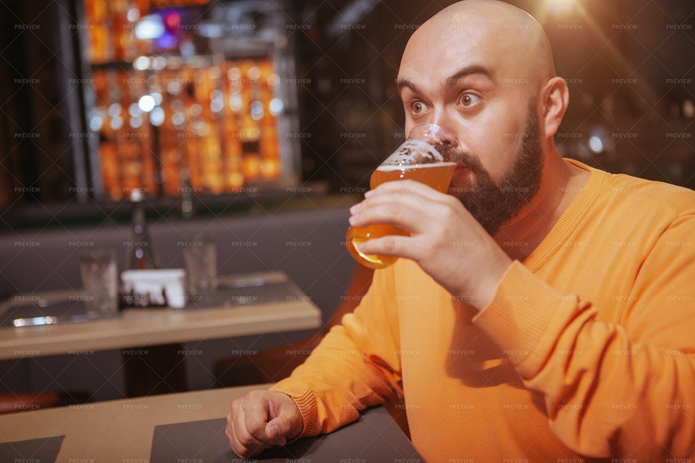 Tasting A Good Beer: Stock Photos
