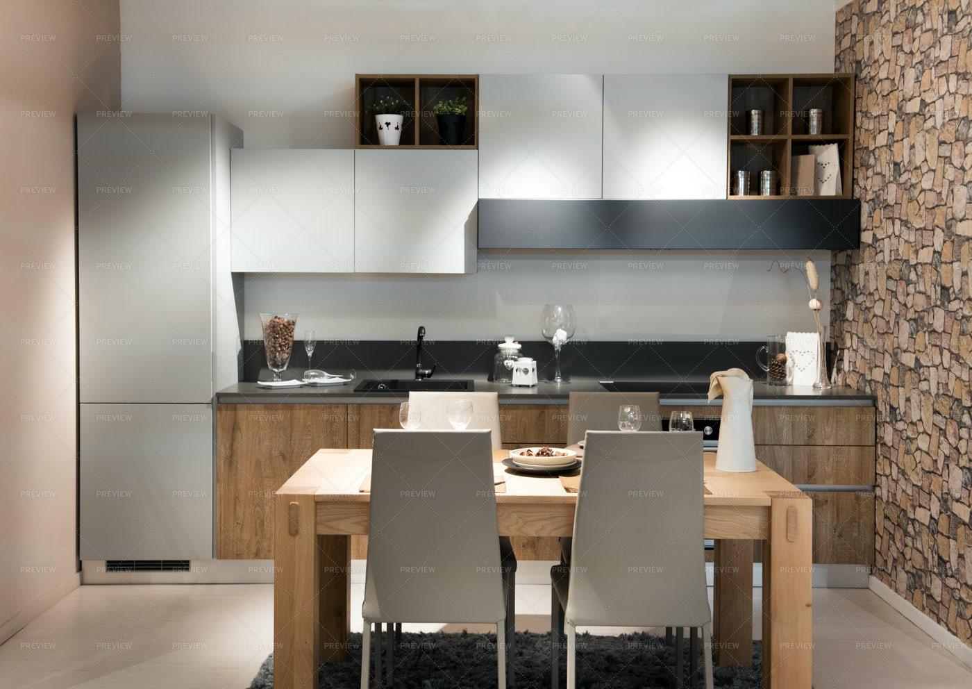Compact Modern Kitchen Design: Stock Photos
