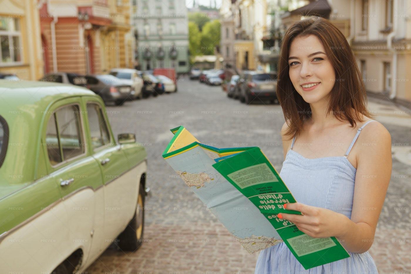 Woman Explores The City: Stock Photos