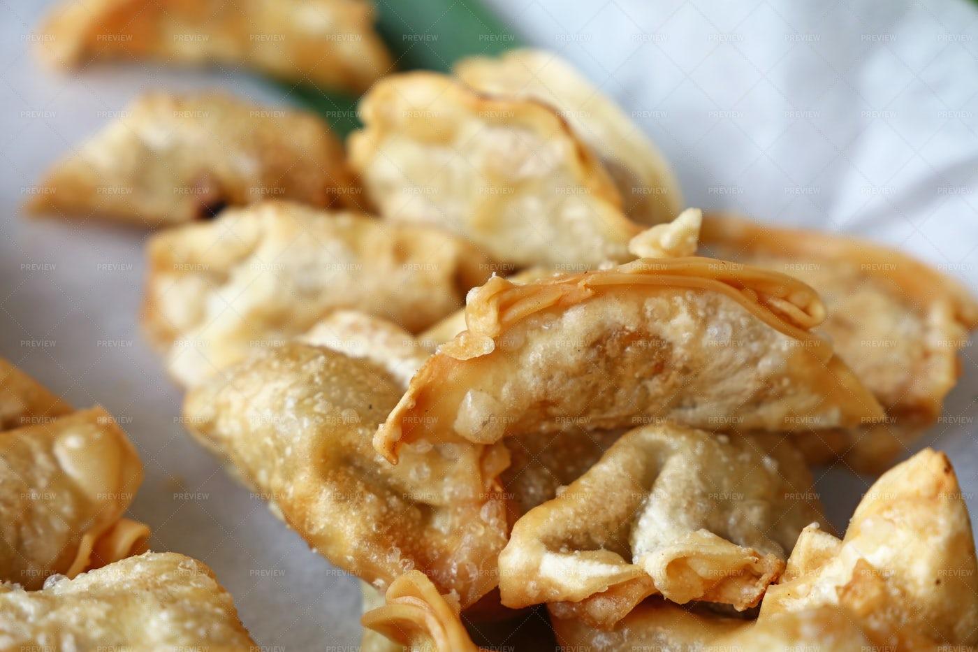 Deep Fried Dumplings: Stock Photos