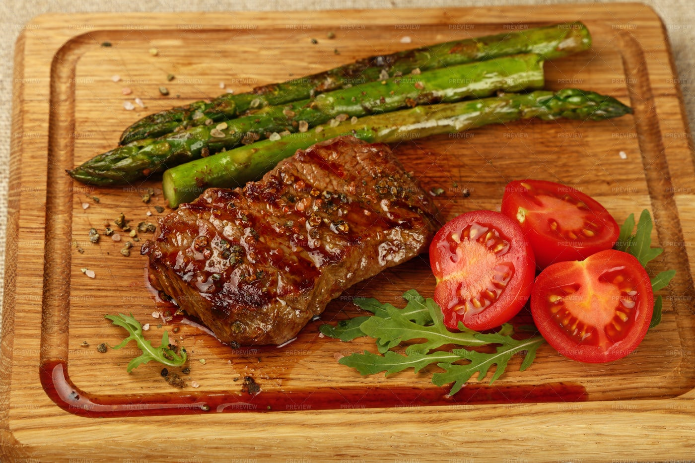 Grilled Steak With Vegetables: Stock Photos