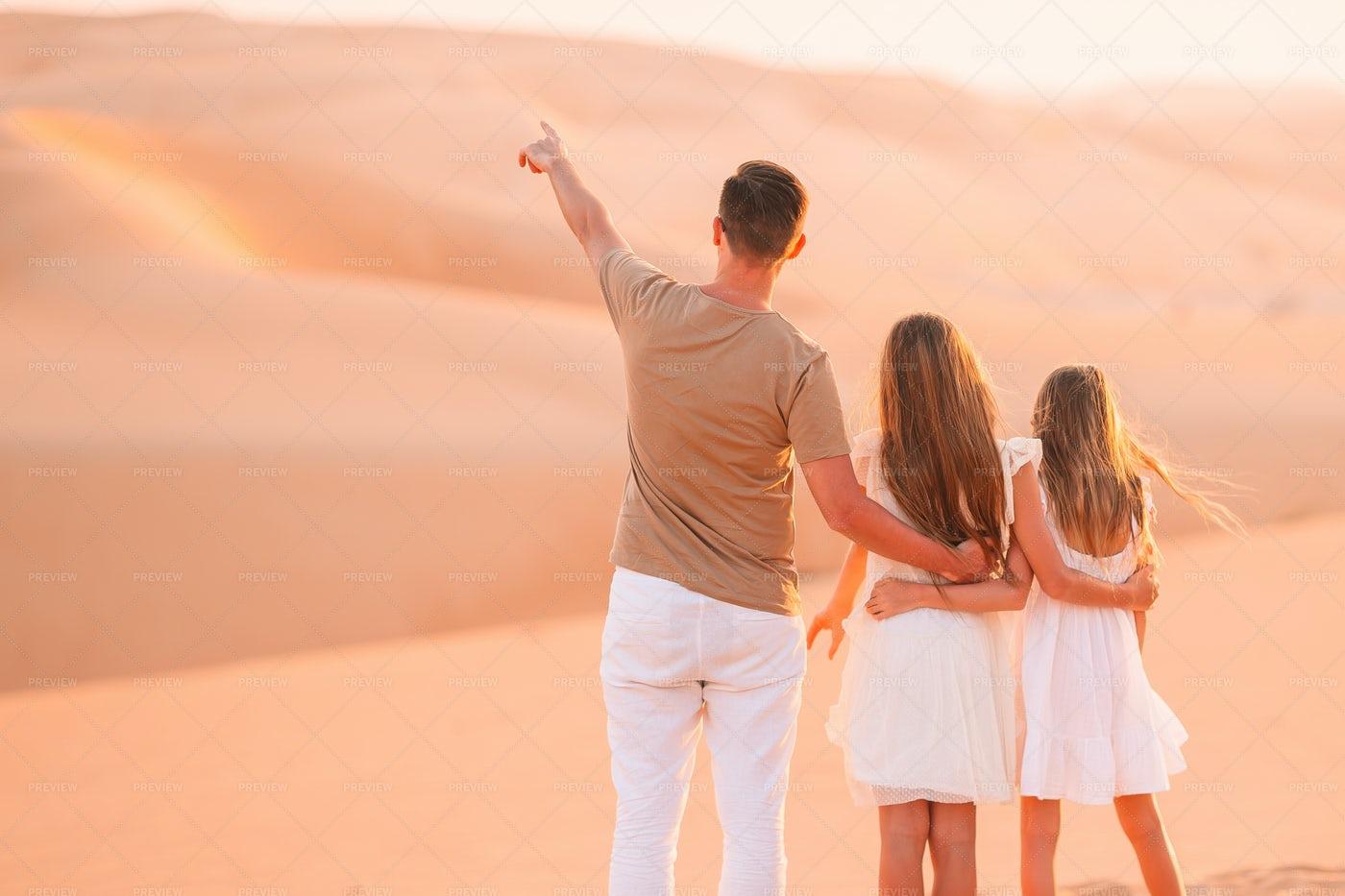 People In The Desert: Stock Photos