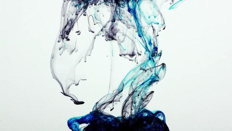 Blue Ink Splash: Stock Video