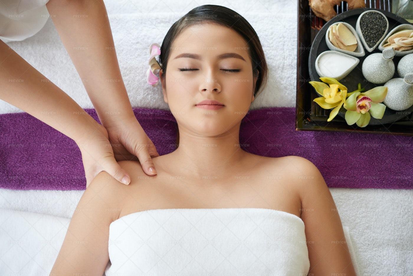 Reducing Stress In Beauty Salon: Stock Photos