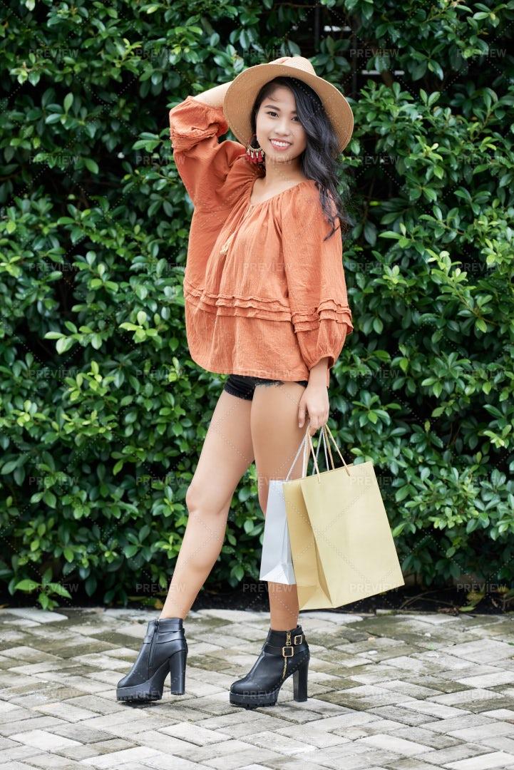 Fashionable Woman: Stock Photos