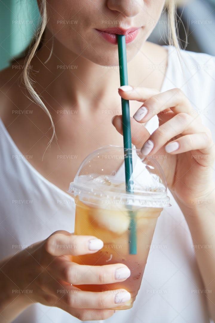 Drinking Iced Tea: Stock Photos