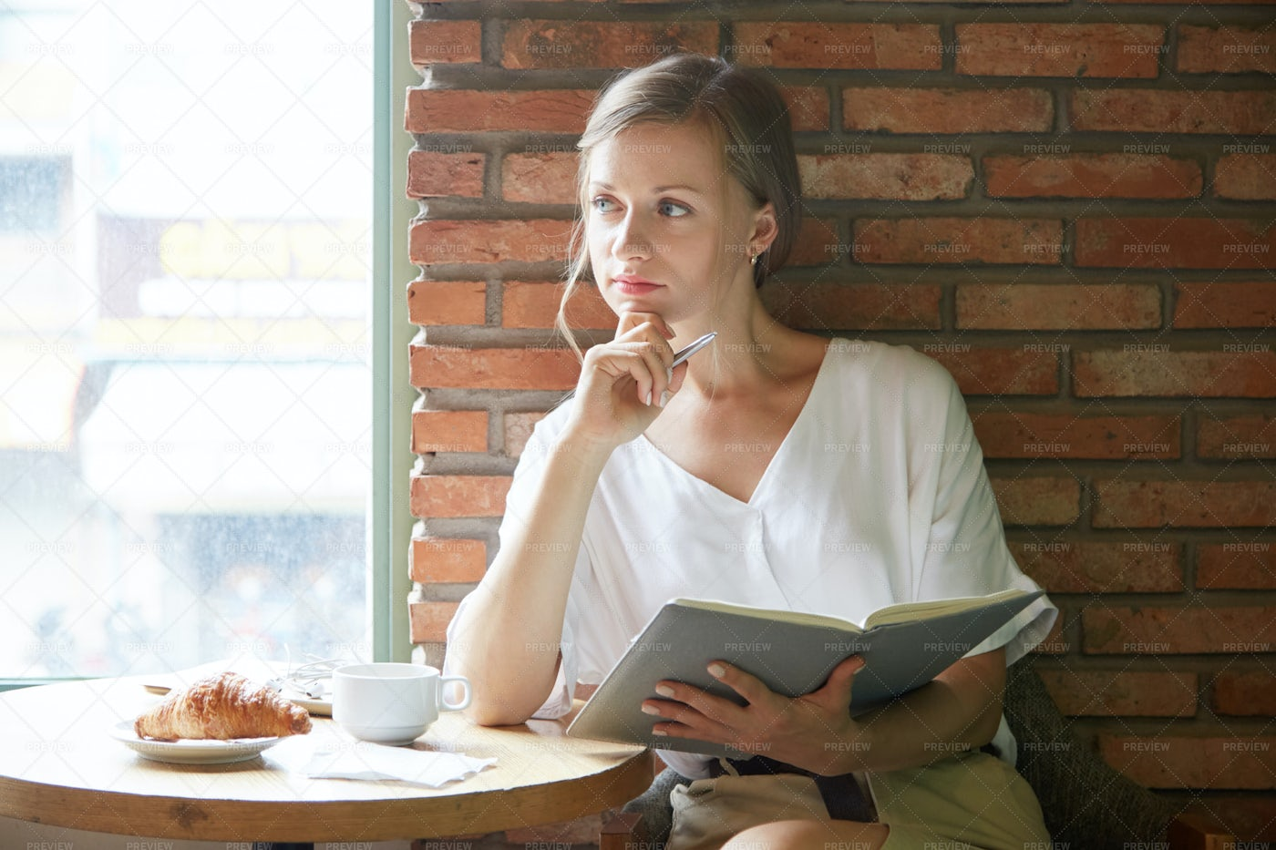 Business Lady Resting In Cafe: Stock Photos