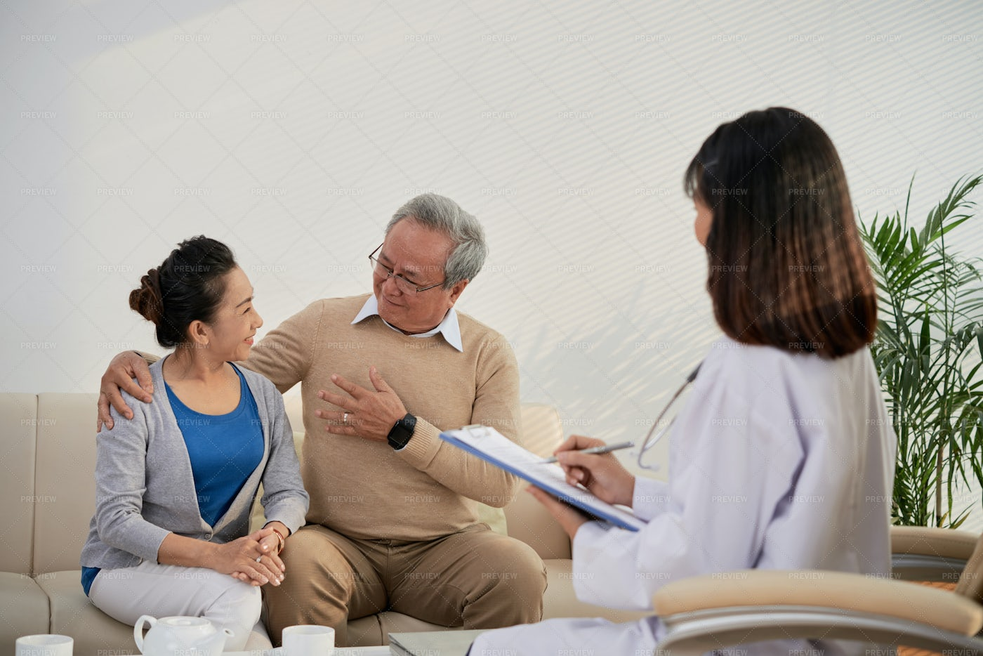 Aged Couple Visiting Doctor: Stock Photos