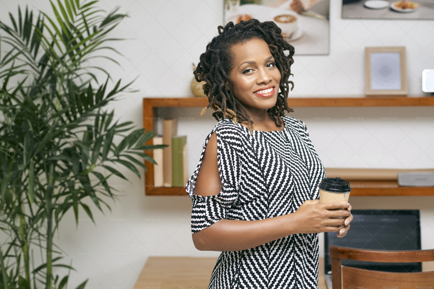 Casual Businesswoman With Coffee: Stock Photos