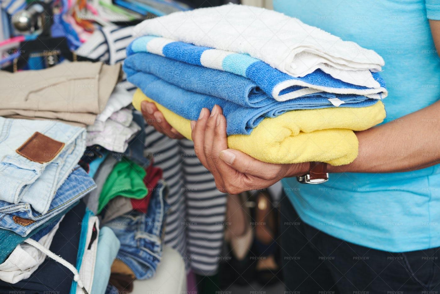 Fresh Towels: Stock Photos
