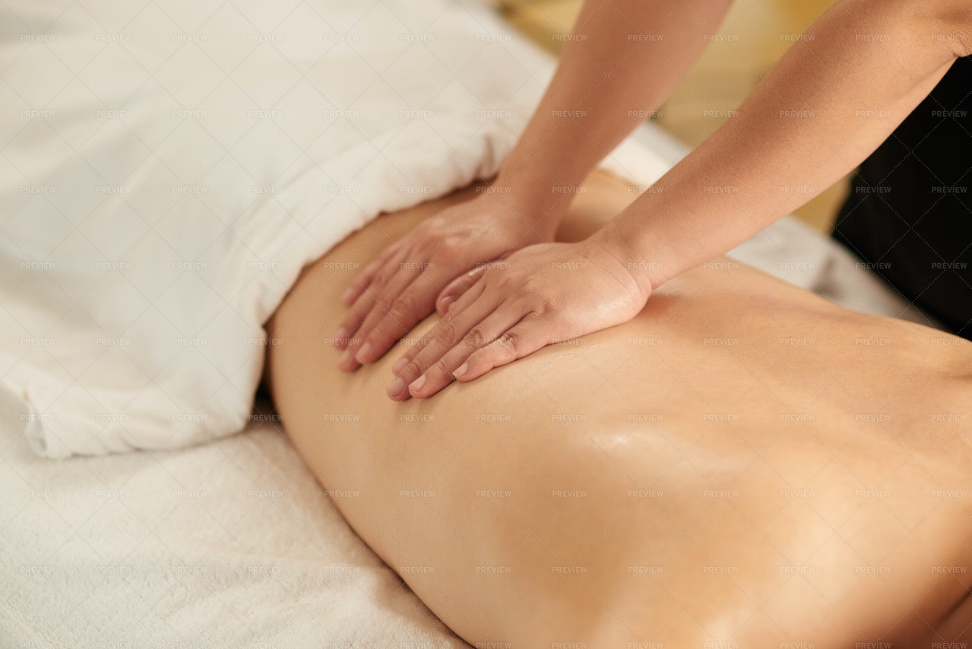 Relaxing Massage: Stock Photos