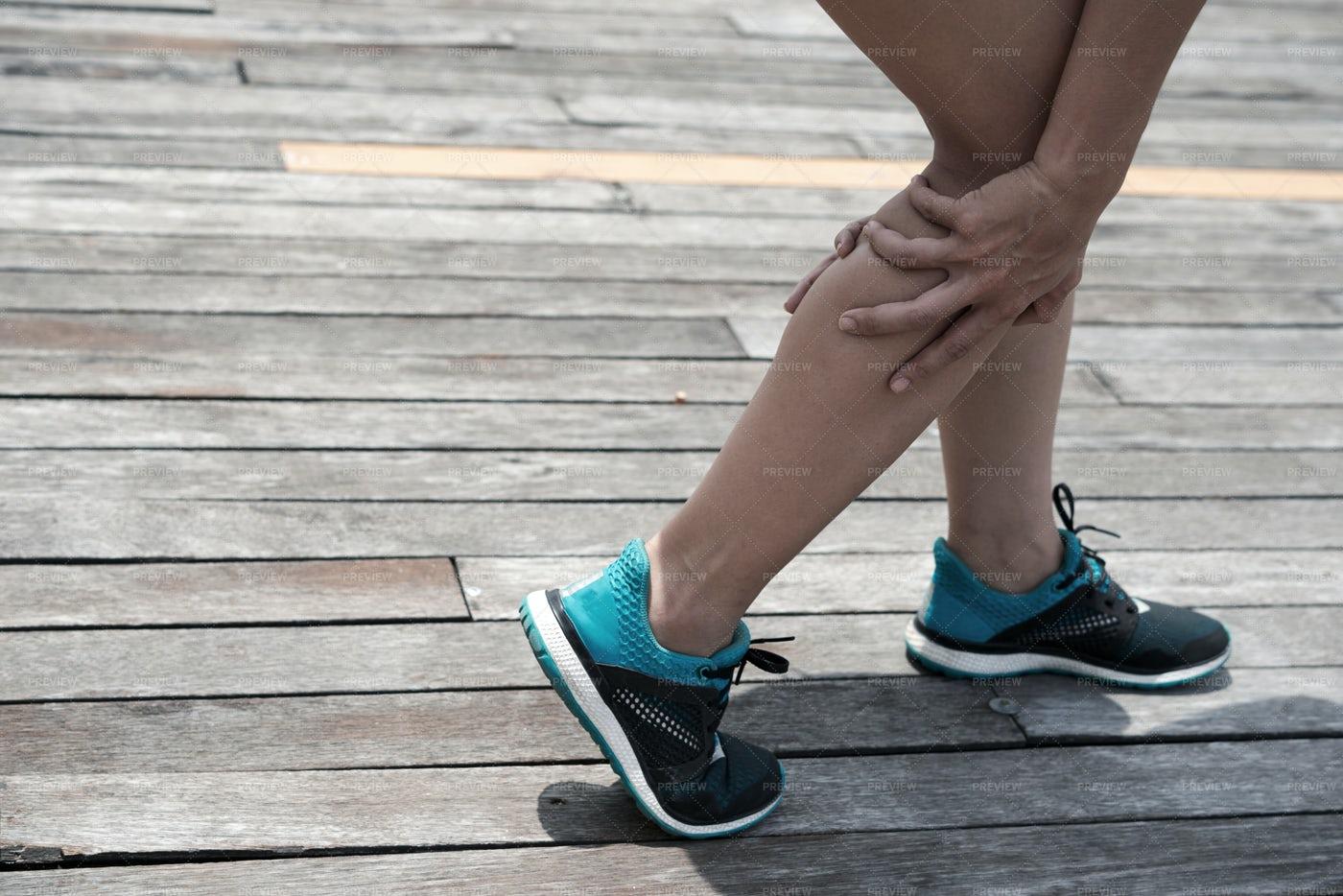 Calf Pain: Stock Photos