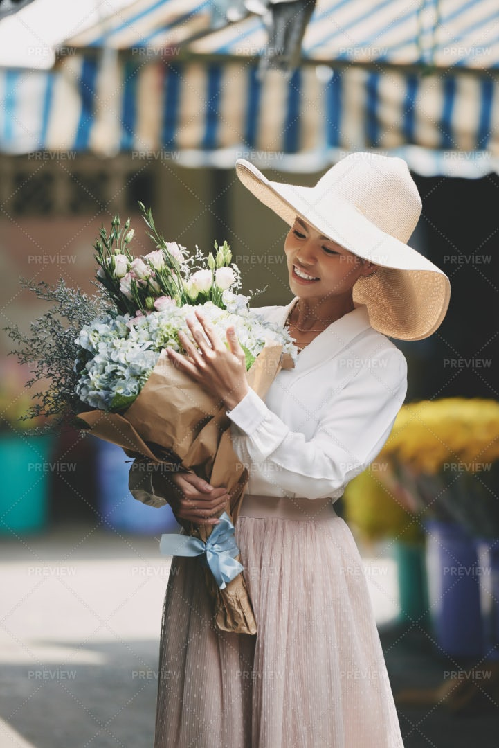 Woman With Beautiful Bouquet: Stock Photos