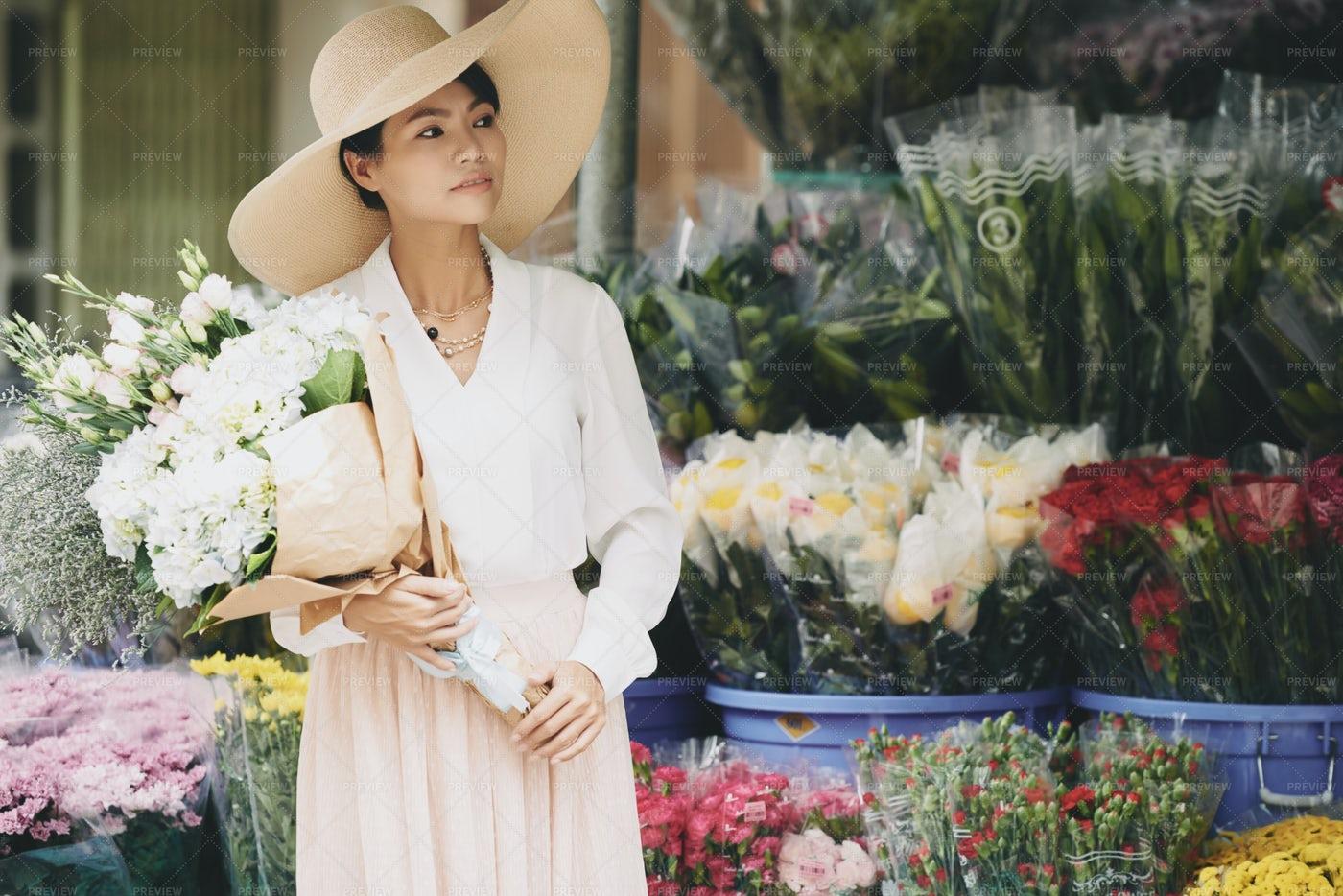 Flower Lady: Stock Photos