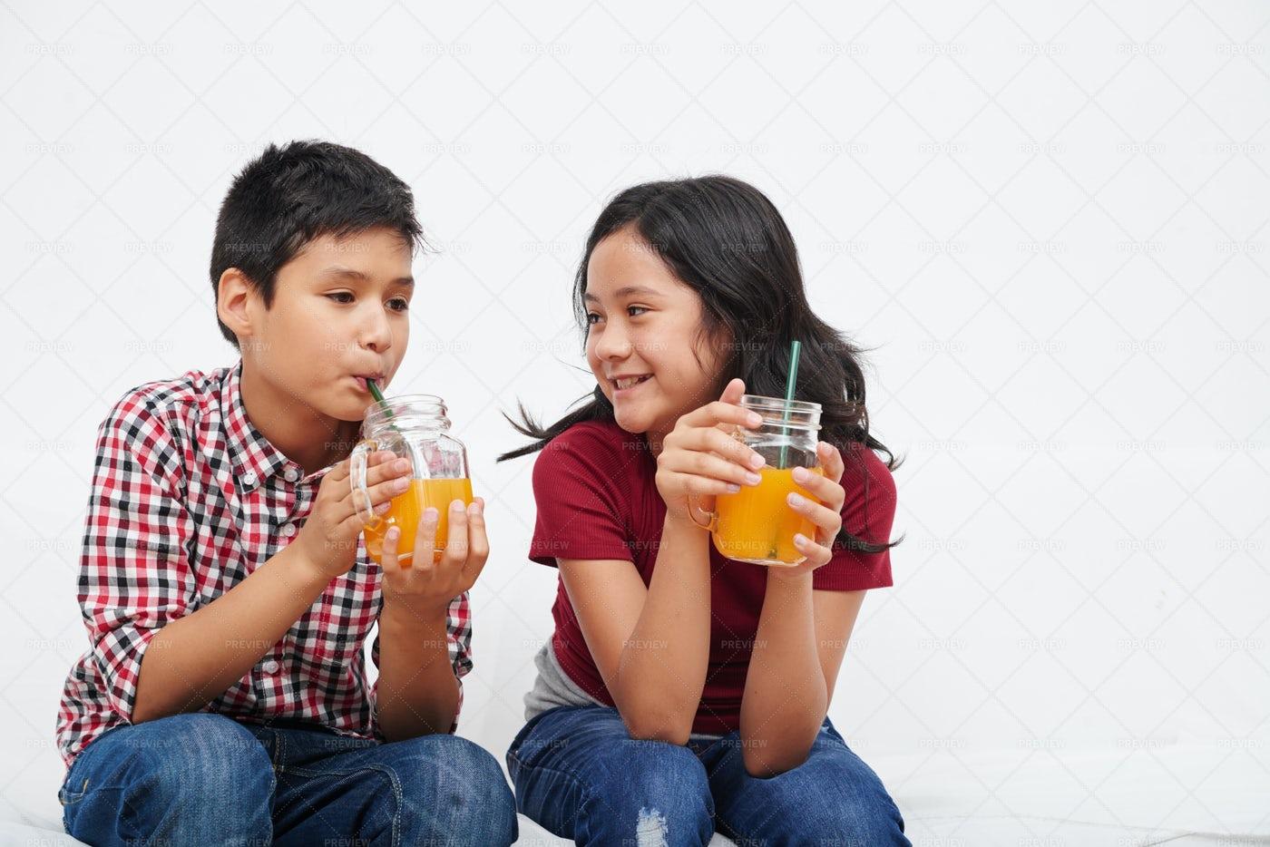Enjoying Fresh Juice: Stock Photos