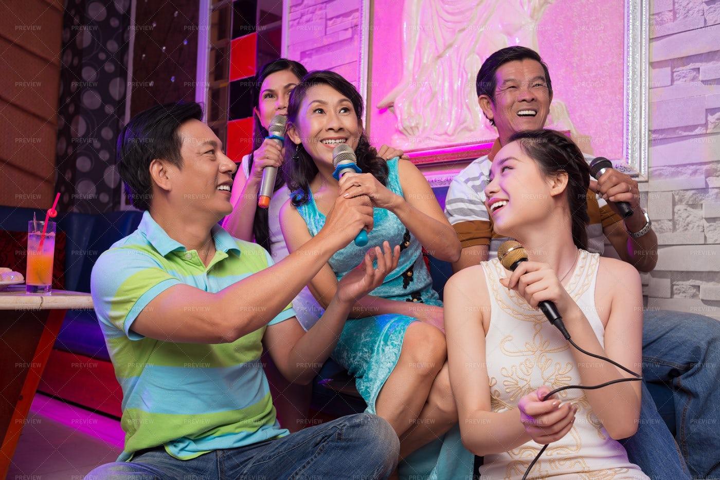 Singing In Karaoke: Stock Photos