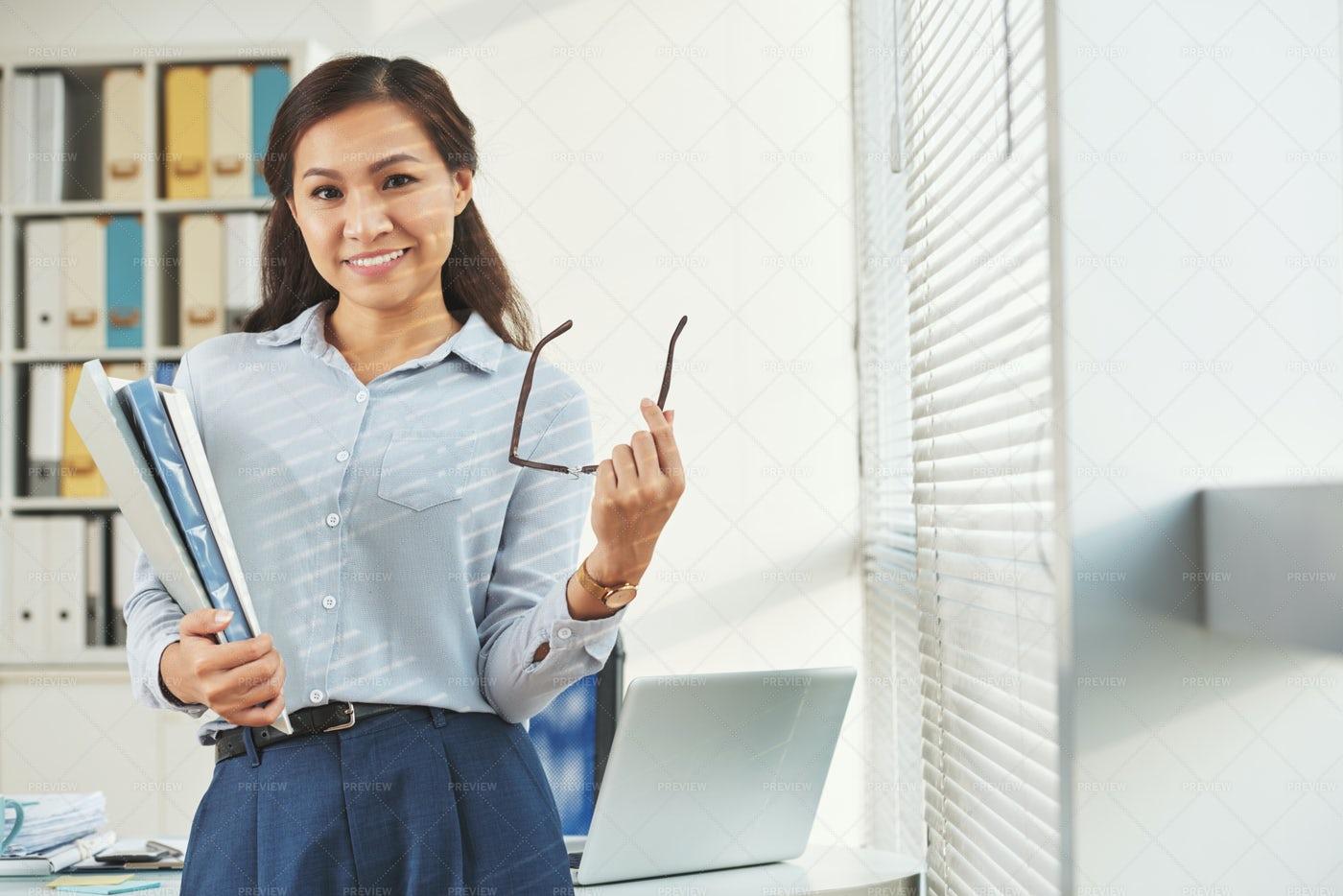 Pretty Business Woman: Stock Photos
