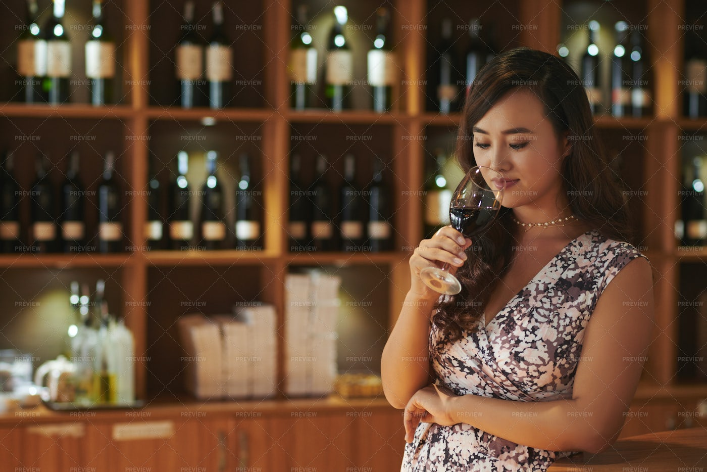 Professional Sommelier: Stock Photos