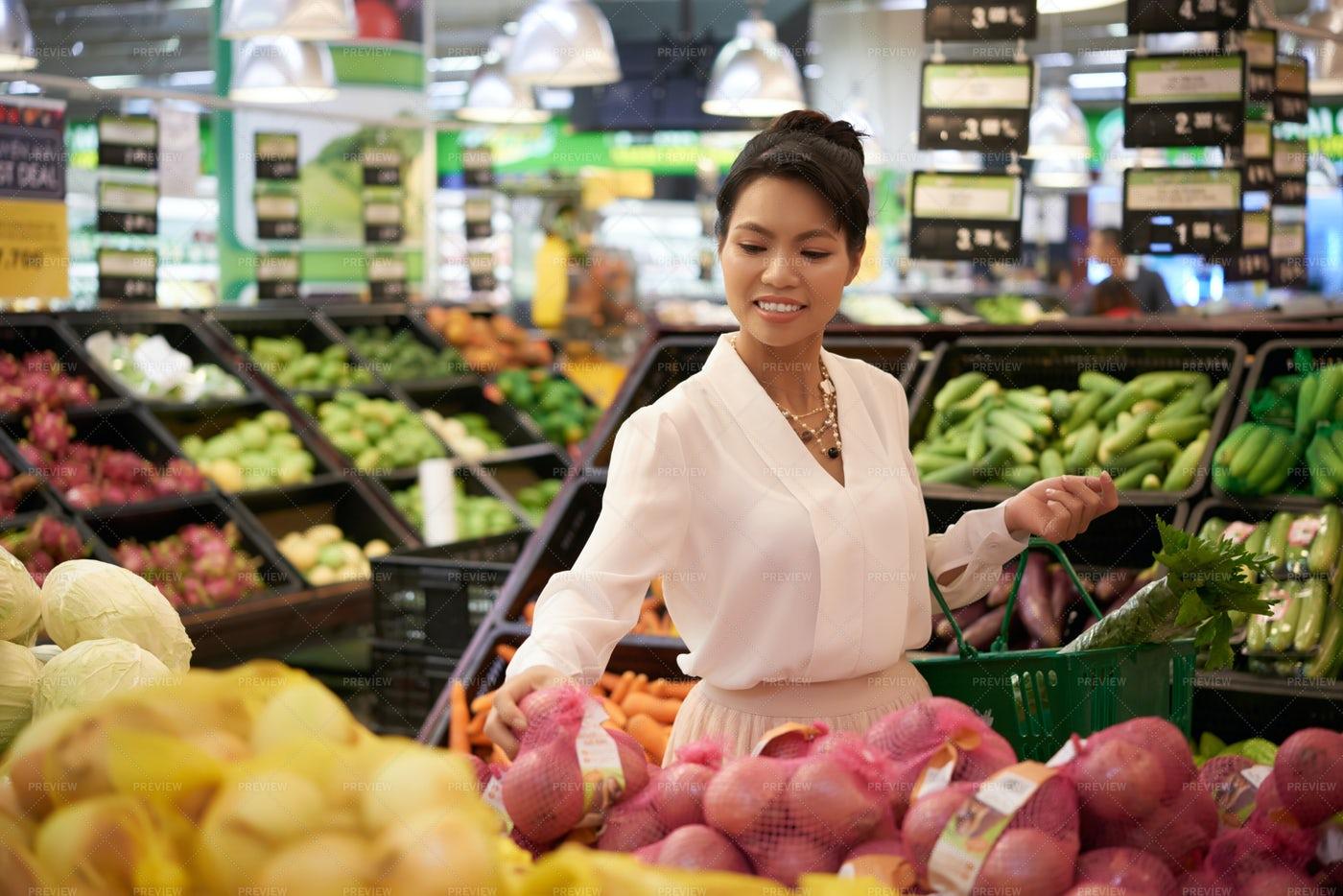 Grocery Shopping: Stock Photos