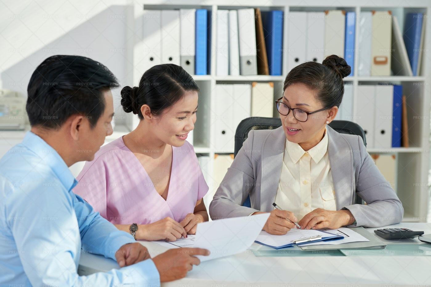 Consulting Couple: Stock Photos