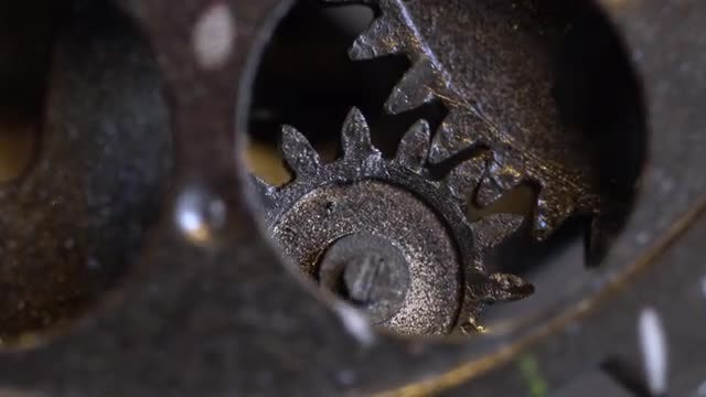 Rusty Clock Gears: Stock Video