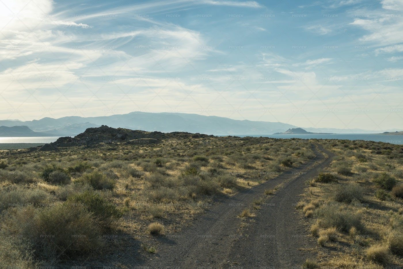 Lake Beyond The Desert: Stock Photos