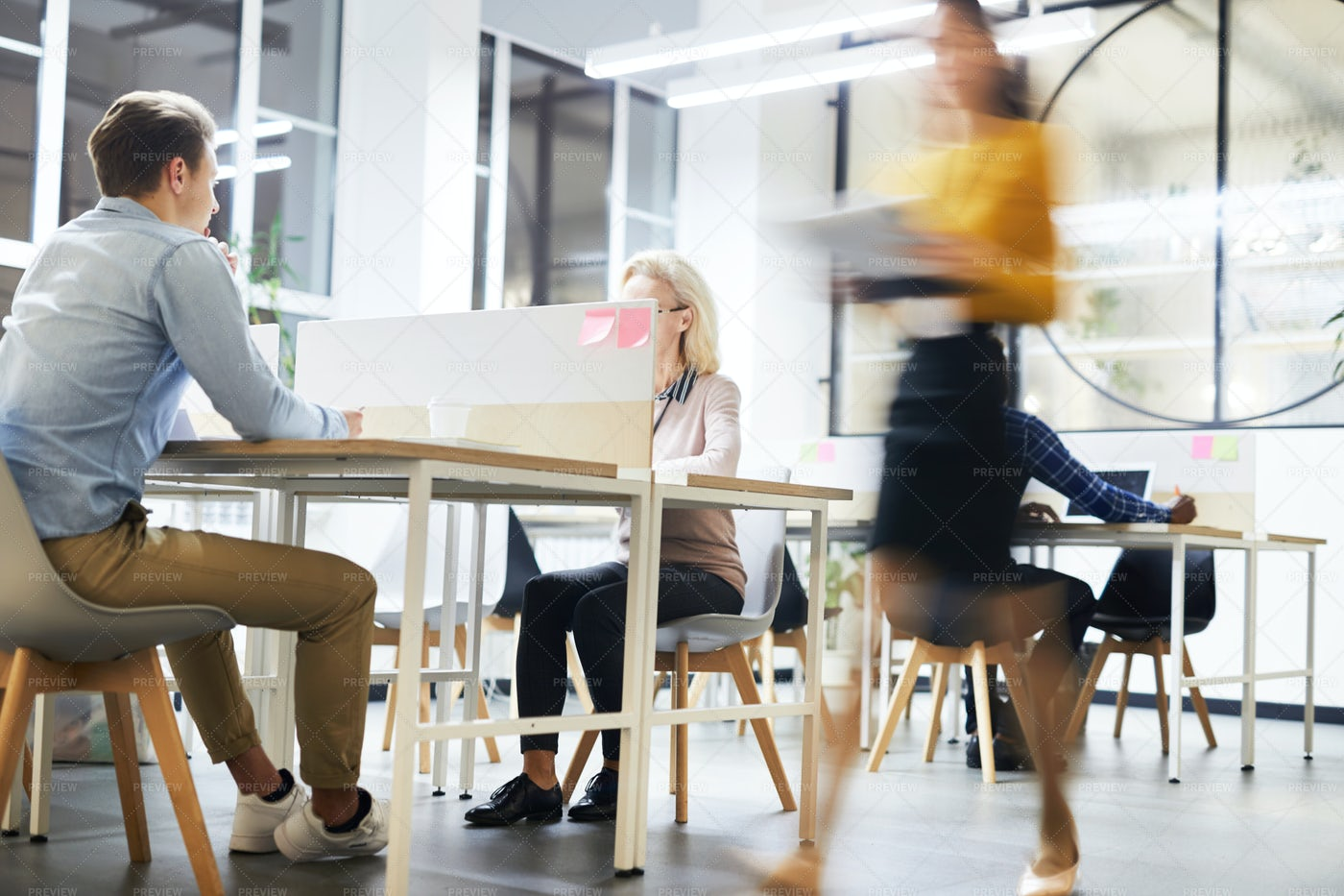 Work Lifestyle In Modern Office: Stock Photos