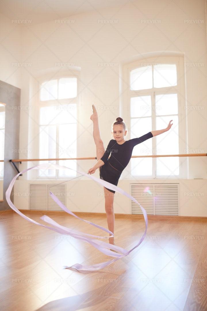 Teenage Gymnast: Stock Photos