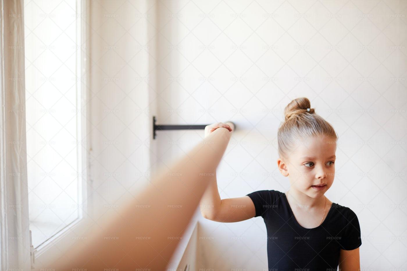 Cute Little Ballet Dancer: Stock Photos