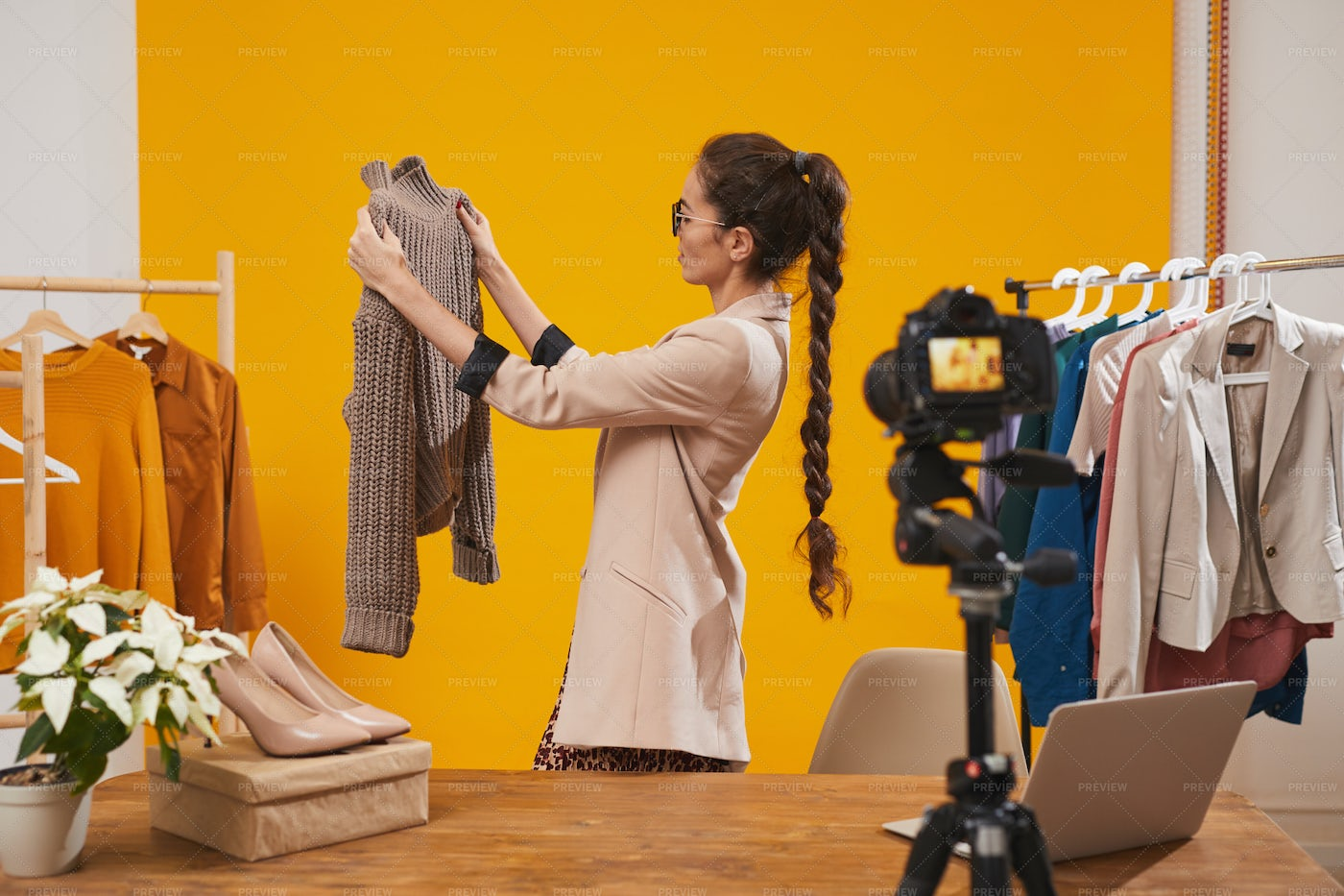 Fashion Blogger Filming Video In...: Stock Photos