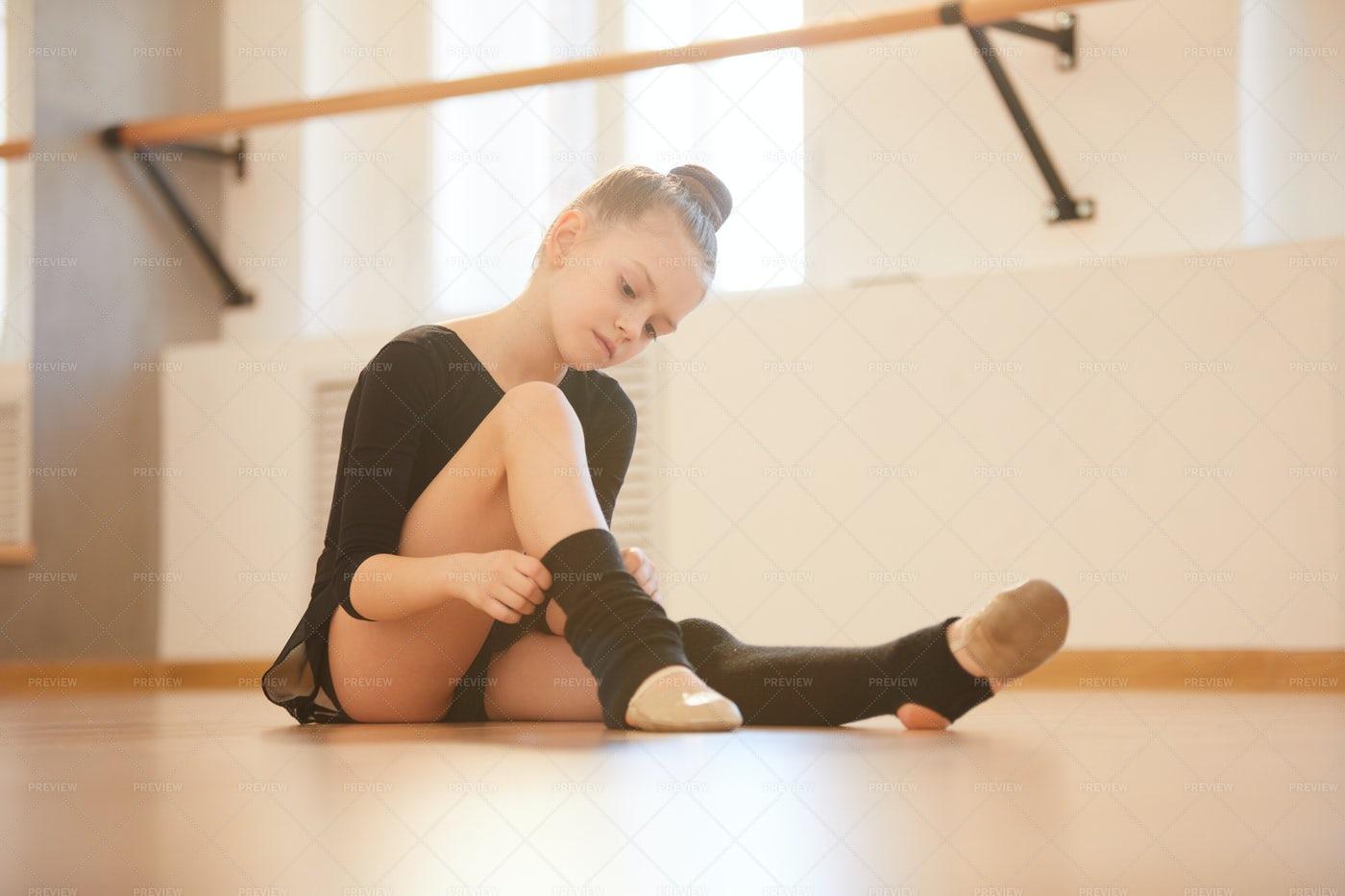 Little Dancer: Stock Photos