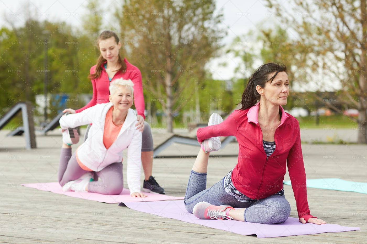 Yoga Class Outdoors: Stock Photos