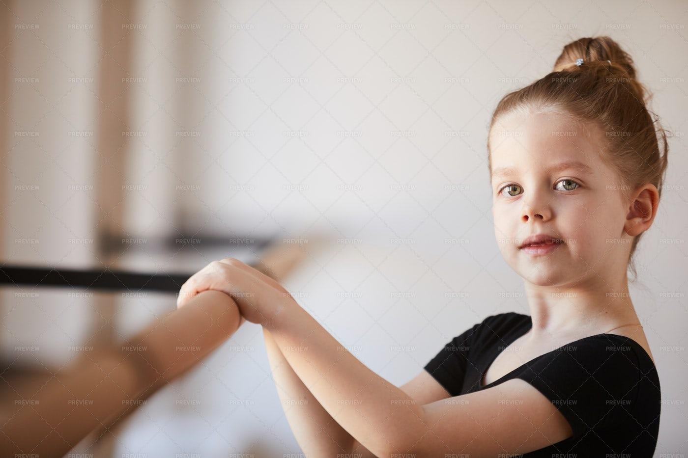 Future Ballerina: Stock Photos