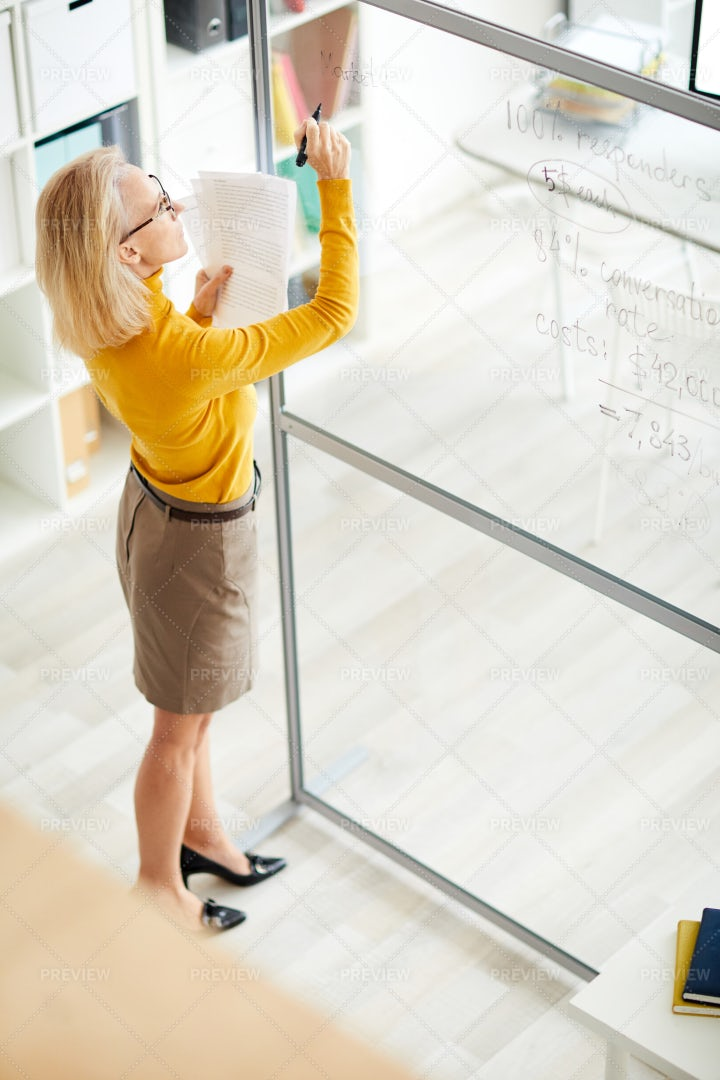 Businesswoman Planning Project: Stock Photos