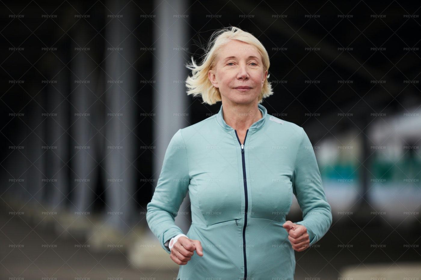 Blonde Sportswoman: Stock Photos
