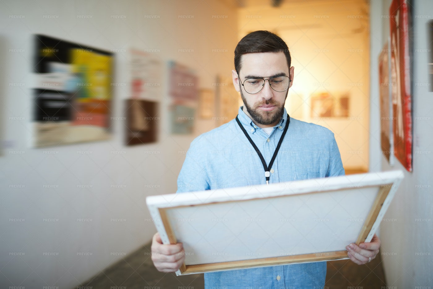 Man Buying Picture In Museum: Stock Photos