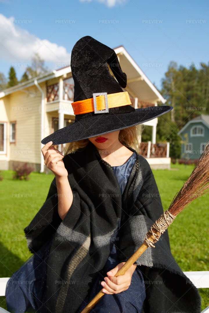 Girl In Witch Hat: Stock Photos