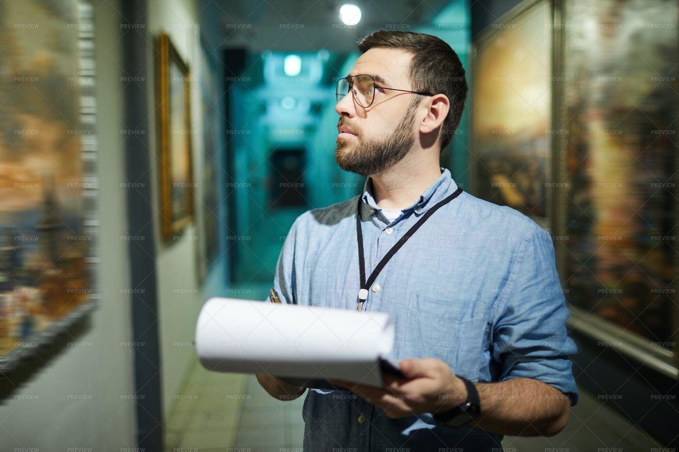 Art Gallery Manager: Stock Photos