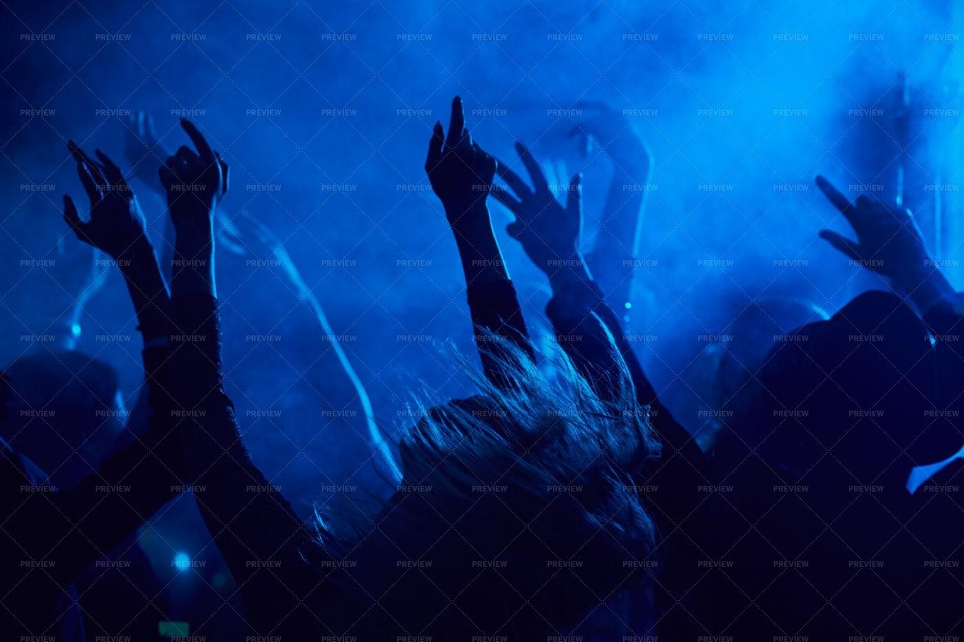 People Dancing In Nightclub: Stock Photos