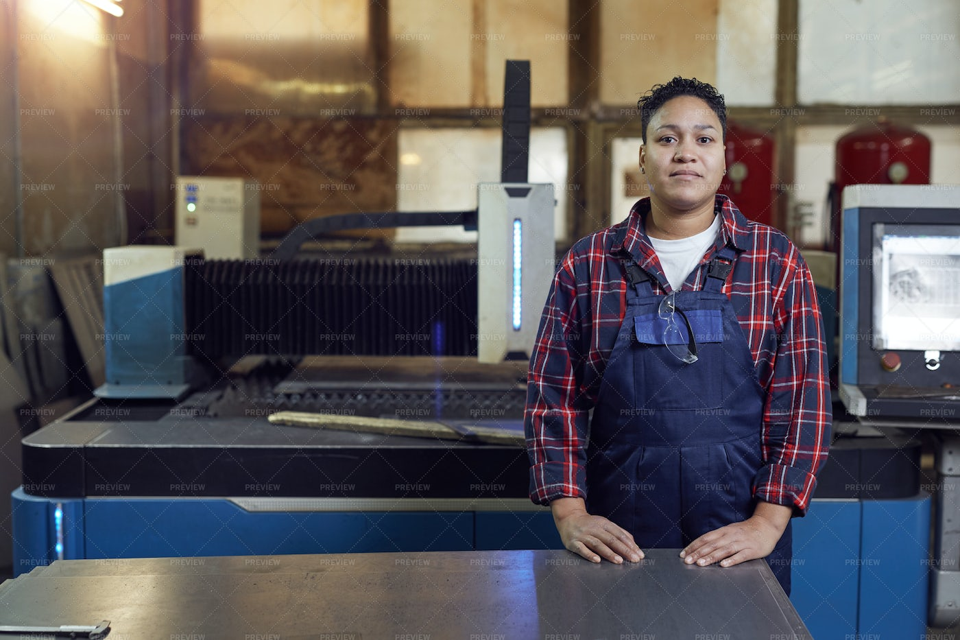 Contemporary Female Worker: Stock Photos
