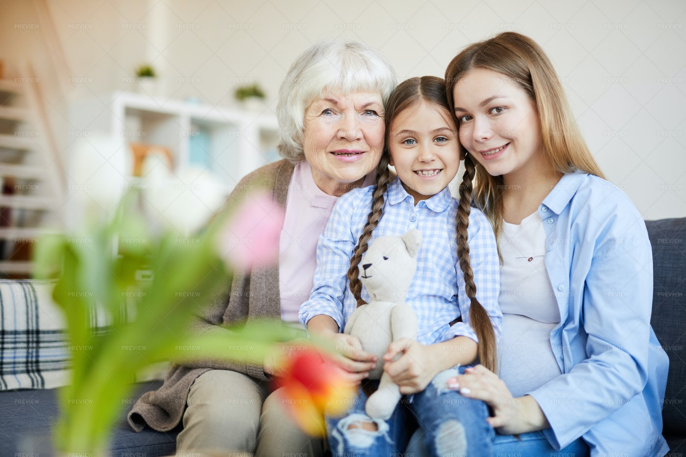 Womens Family Portrait At Home: Stock Photos