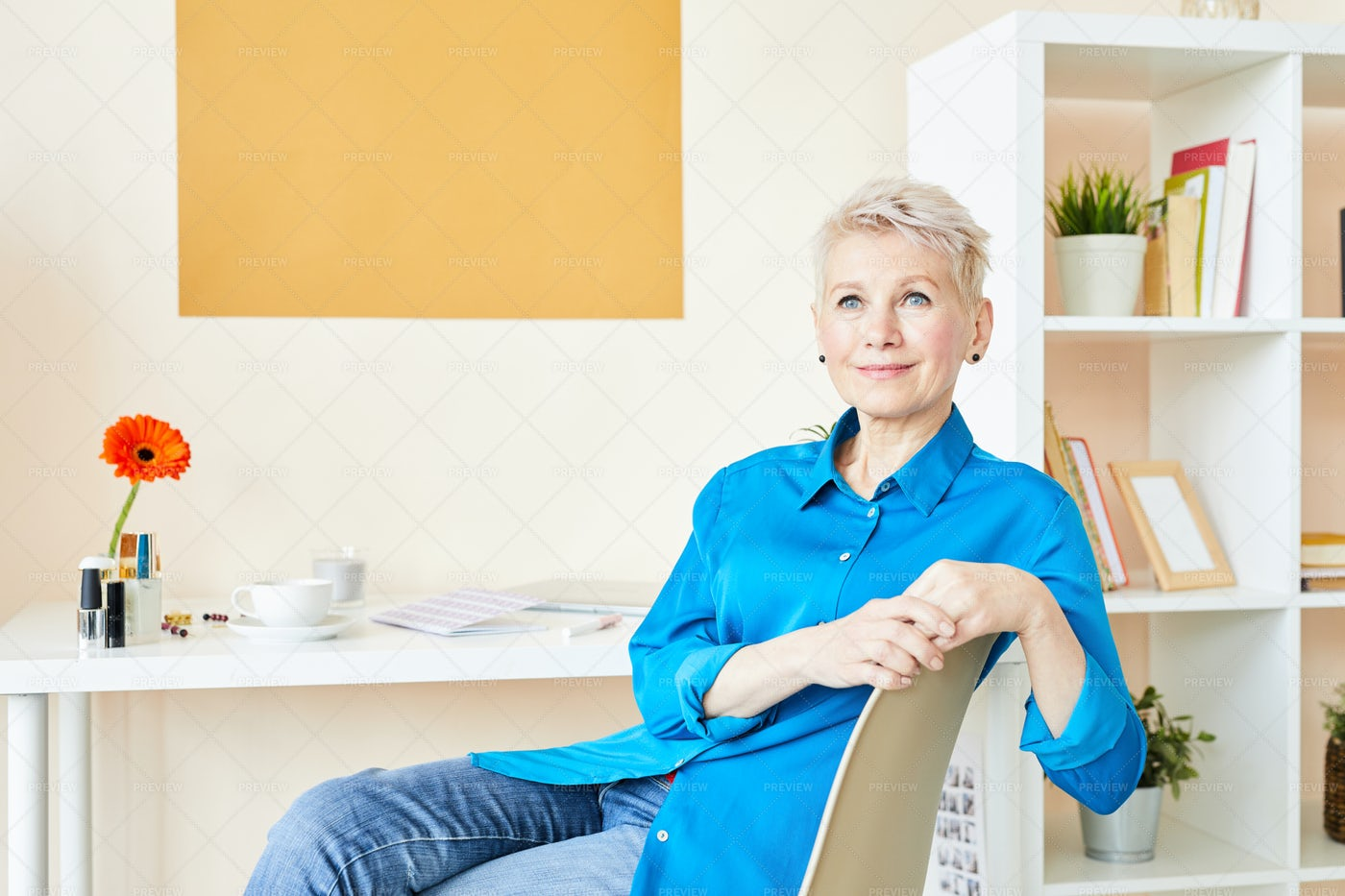 Woman In Smart Casual: Stock Photos