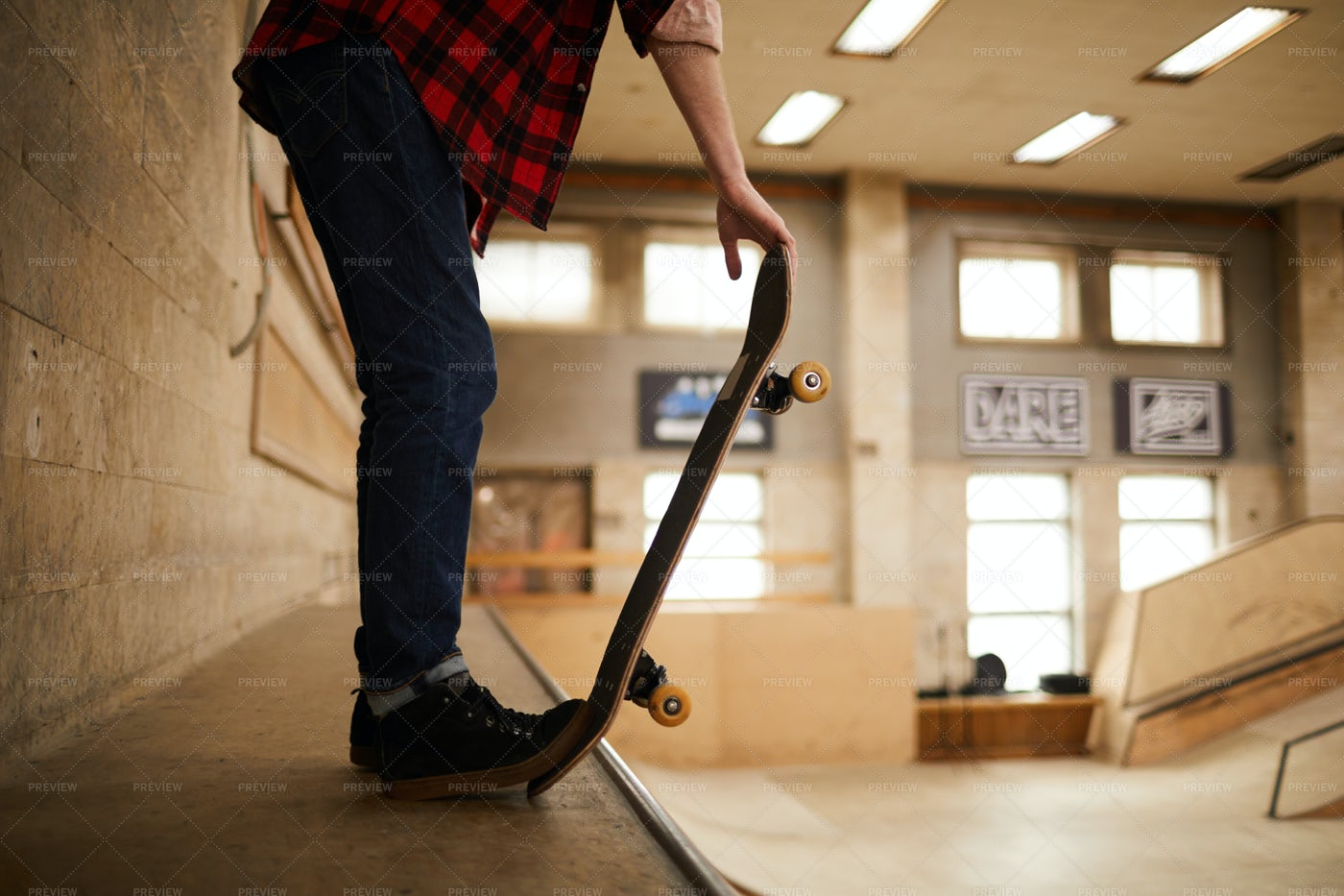 Ready For Skating Stunt: Stock Photos