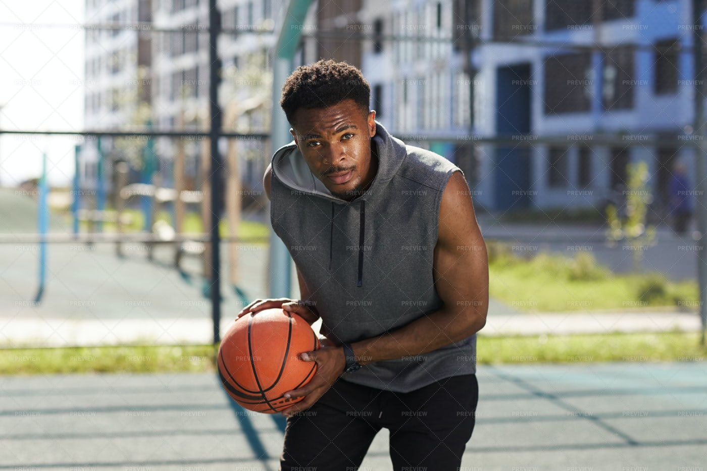 Determined Basketball Player: Stock Photos