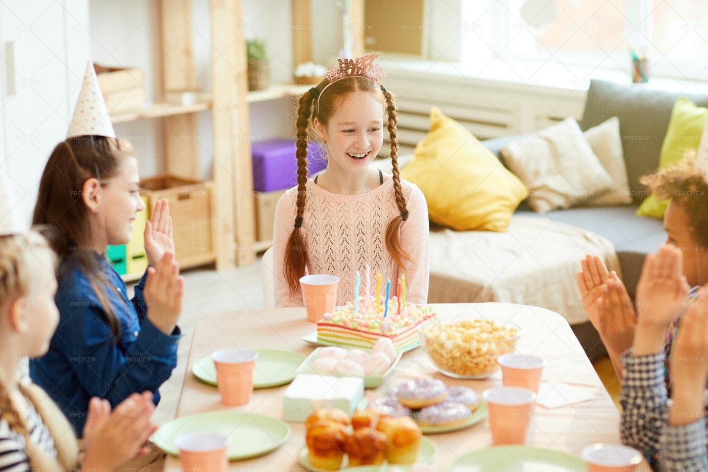 Happy Birthday Girl: Stock Photos